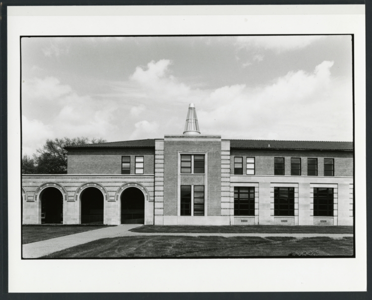 anderson hall, rice school of architecture, exterior view from the